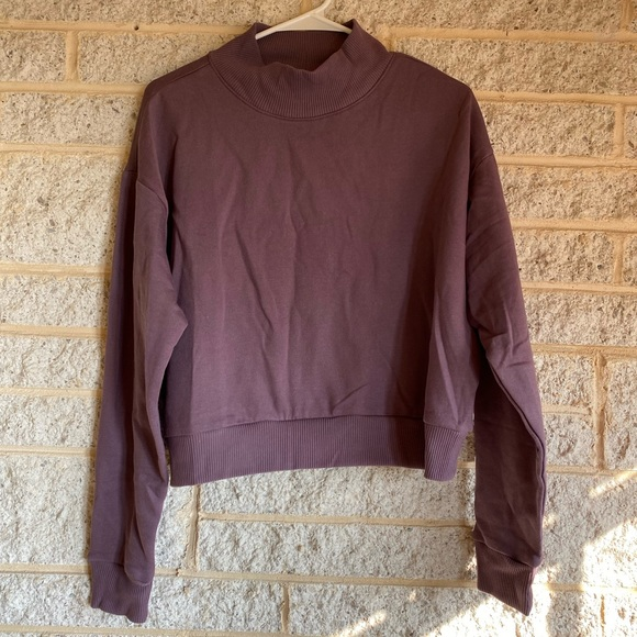 Wild Fable Mock Neck Cropped Sweatshirt